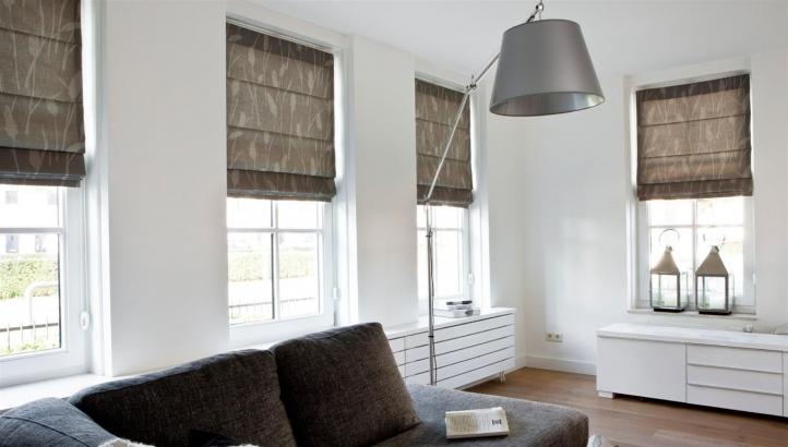 nieuwe vouwgordijnen als raamdecoratieorangemakelaars